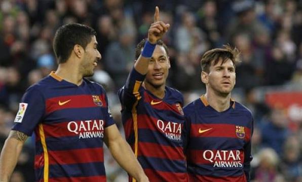 Messi - Suarez - Neymar-thi-dau-ngay-cang-an-y