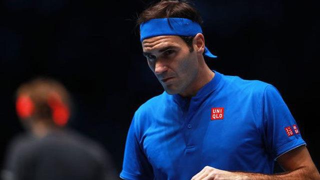 """""""Vua"""" Federer xô đổ hàng loạt kỷ lục mới"""