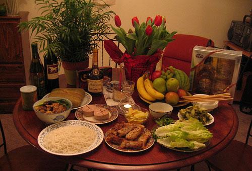 Những món ăn cần chuẩn bị trong lễ cúng giao thừa trong nhà?