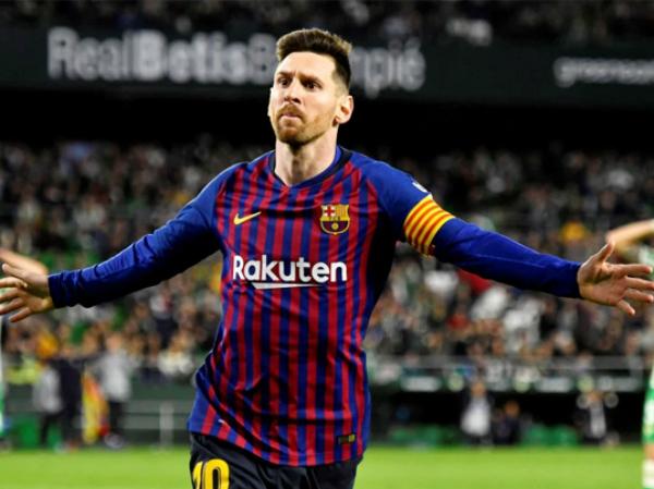 Messi tiến sát kỷ lục của Ronaldo ở La Liga
