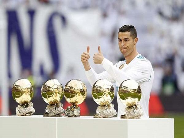 Ronaldo có bao nhiêu quả bóng vàng?