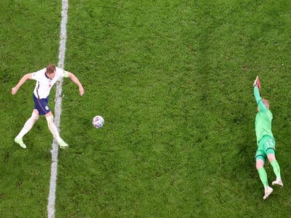 Tin bóng đá 8/7: Kane cân bằng kỷ lục ghi bàn của huyền thoại Lineker